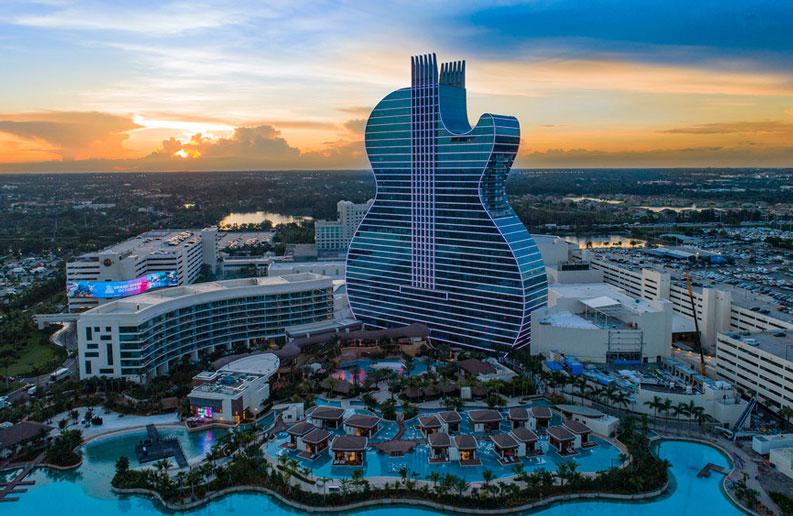 <b>Seminole Hard Rock Café.</b> El primer hotel del mundo con forma de guitarra