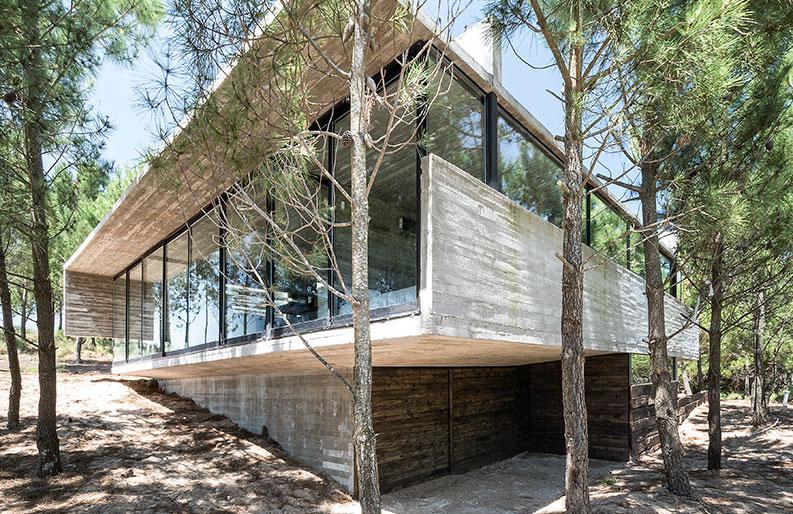 <b>Casas de Hormigón.</b> Cinco proyectos que exploran las posibilidades técnicas del concreto