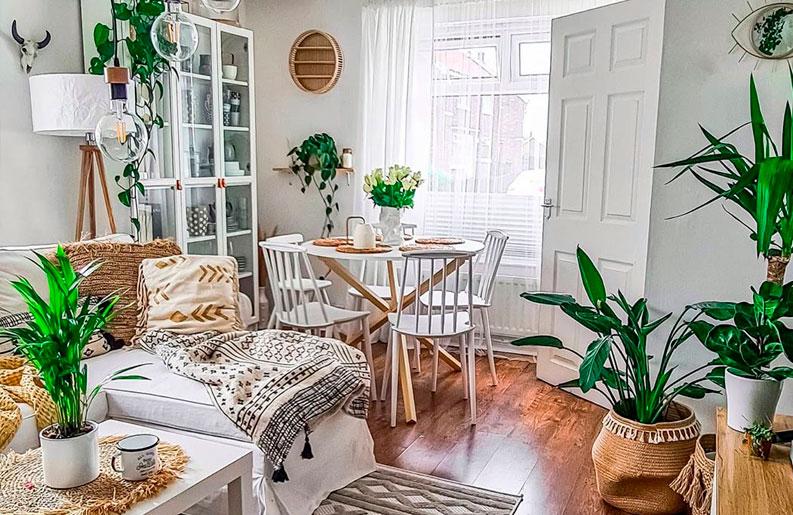 <b>Casa Boho.</b> La influencer Martyna Janczynska presenta su hogar